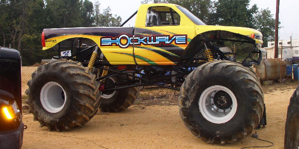 Shockwave Racing Monster Truck