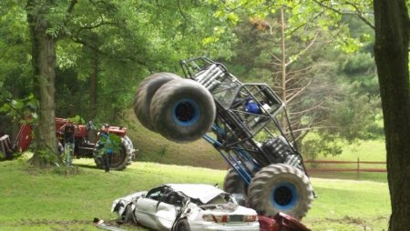 Stinger Monster Truck Test